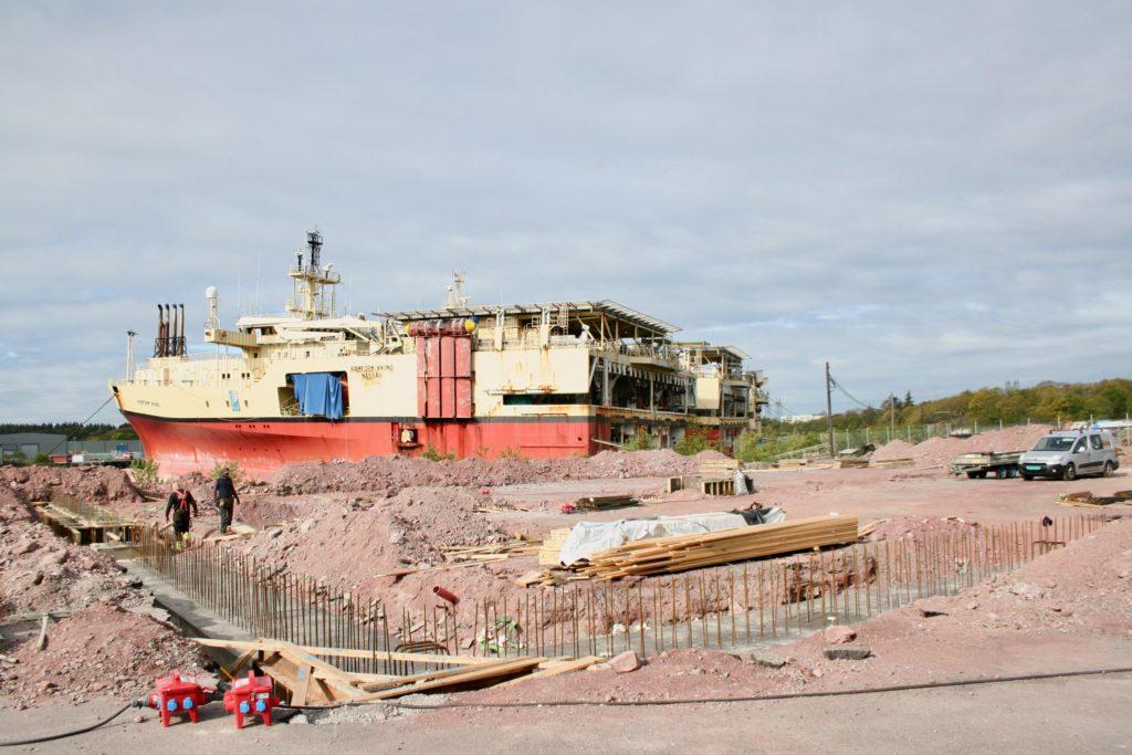 Den nye hallen på 1500 kvadratmeter skal brukes til lagring av seismikkutstyr, og vil bli liggende i Lundevågen ved siden av dagens FFS-bygg.